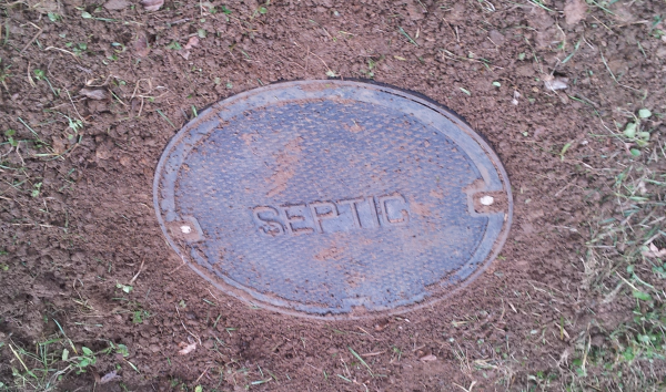 Septic Tank Lid resized 600