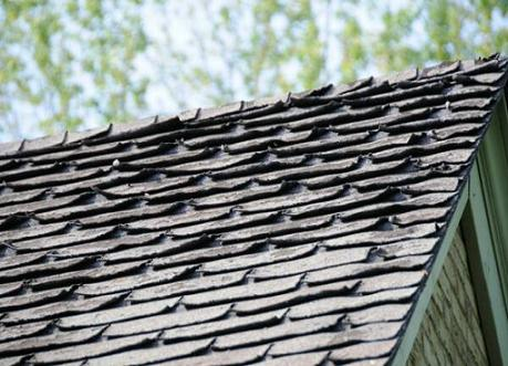 5 Signs Your Roof Needs Attention Winter Is Just Around