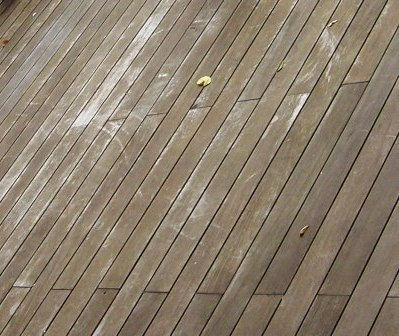 Ipe hardwood decking versus mahogany decking for Ipe decking vs trex