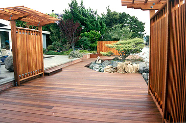 maintenance-free decking
