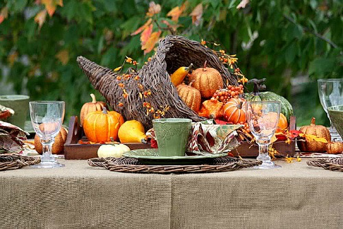 DIY thanksgiving centerpieces | Shea Apartment Communities Blog