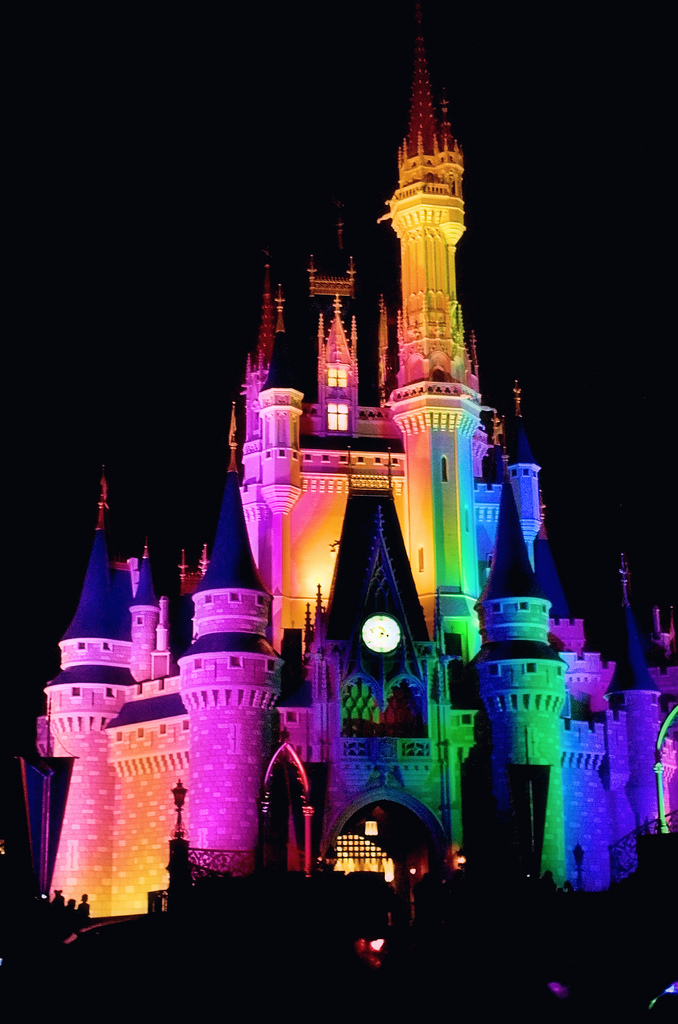 Disneyland Castle At Night A Midyear Review 3 Monumental