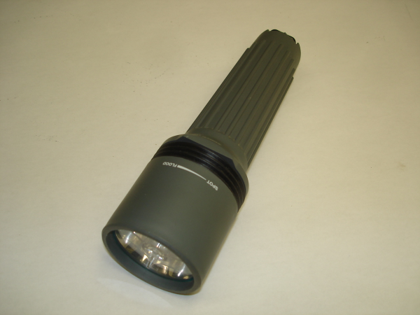 RAYOVAC ROUGHNECK flashlight