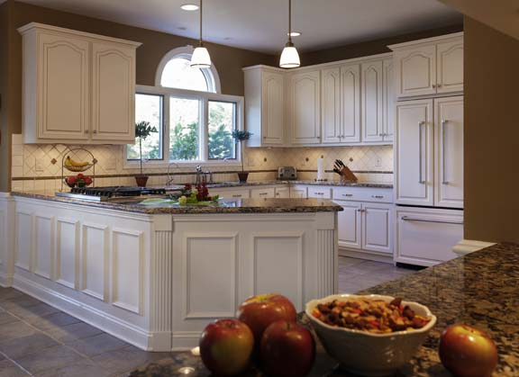 5 Most Popular Kitchen Cabinet Designs: Color & Style Combinations