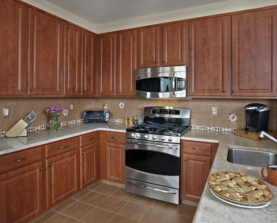 Refacing Changed Light Blonde Cabinets To Classic Cherry