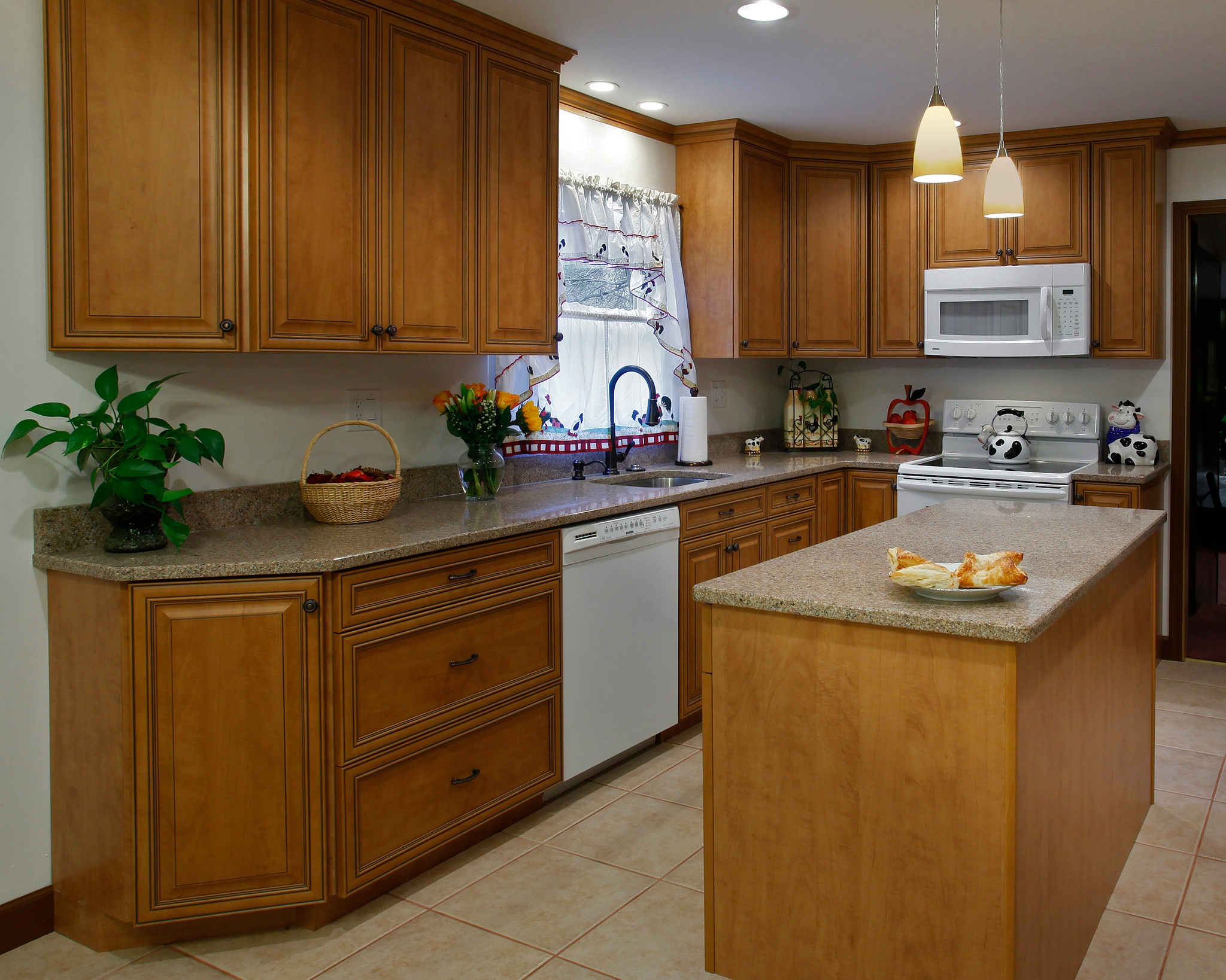 What are the best kitchen colors designs for resale for Best color for kitchen cabinets for resale
