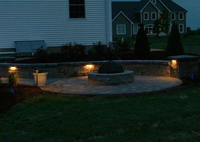 ... under cap lighting to define the area of the sitting wall and pillars. ... & Landscape Lighting azcodes.com
