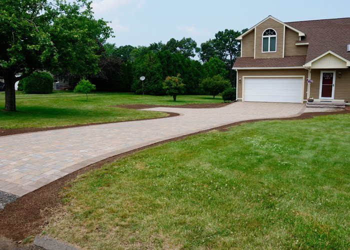 paver driveway in Ellington, CT installed by Bahler Brothers
