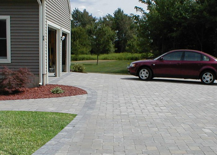 Paver driveway installation by Bahler Brothers in CT.
