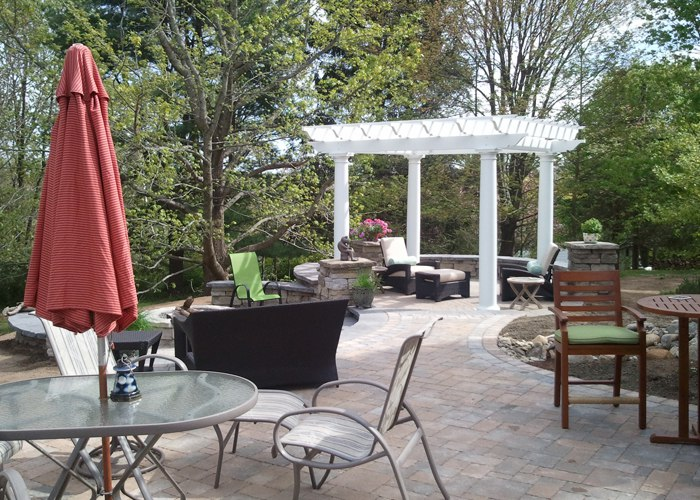 Patio with pergola by bahler brothers in Connecticut