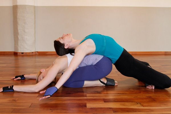 Yoga Poses For Two People Beginners