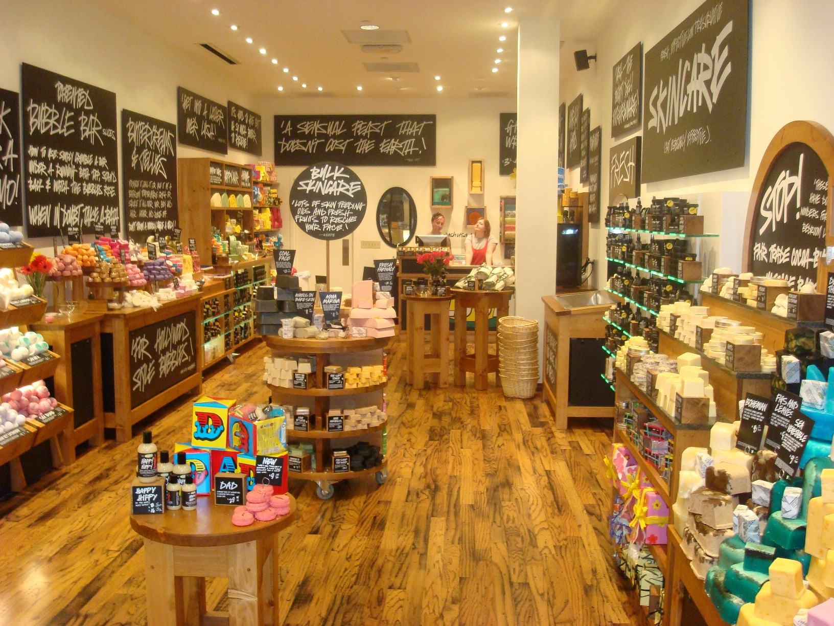Lush's In-store Approach to Marketing
