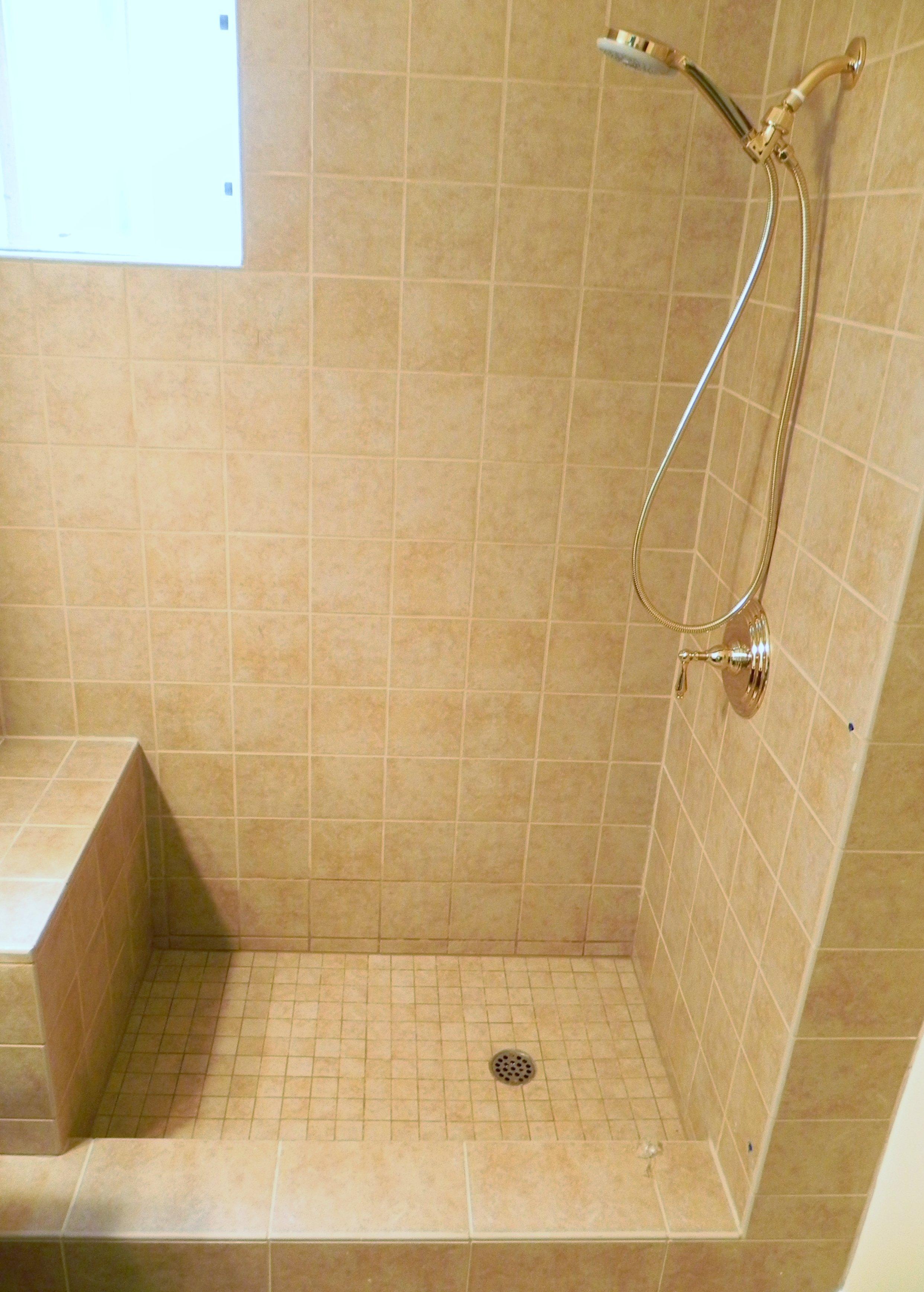 Tiled Shower Stalls >> Bathroom Remodel: 3 Walk In Shower Design Ideas