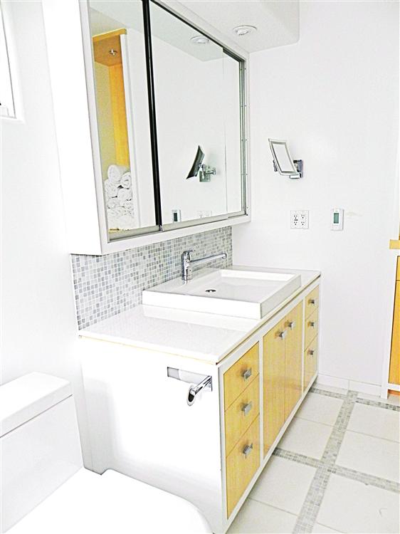 Original Bathroom Vanities Gallery  Photo 1