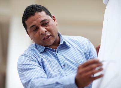 man_facilitator_hispanic.jpg