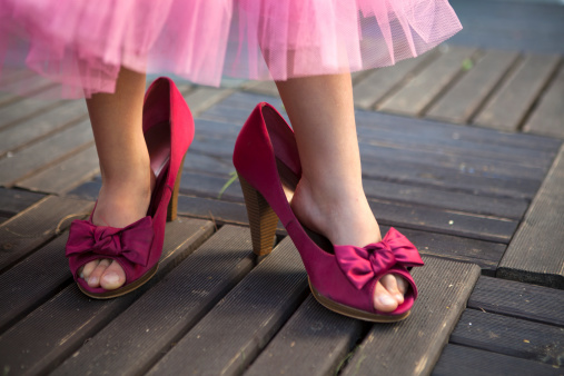 girl in mom shoes are more women opting in or out nfi fatherhood