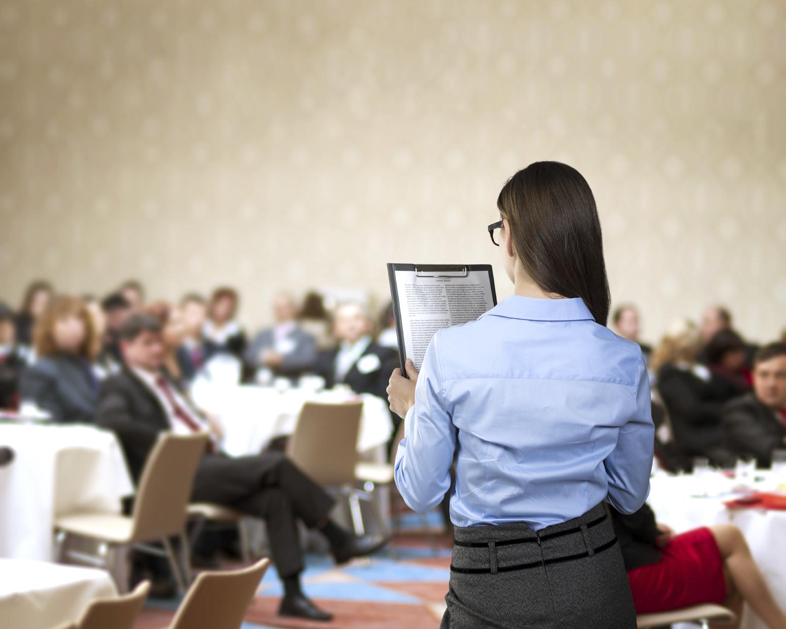 5 tips para usar astutamente las redes sociales en las conferencias