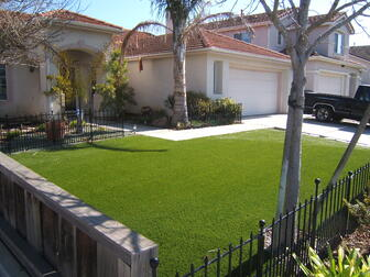 Artificial_Turf_Maintenance