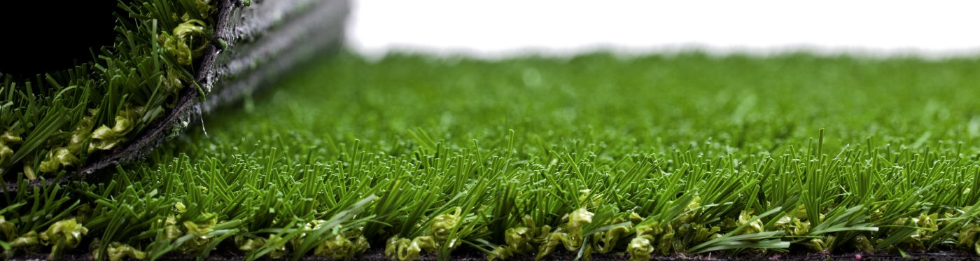 8-facts-artificial-turf-lp-header-4-1