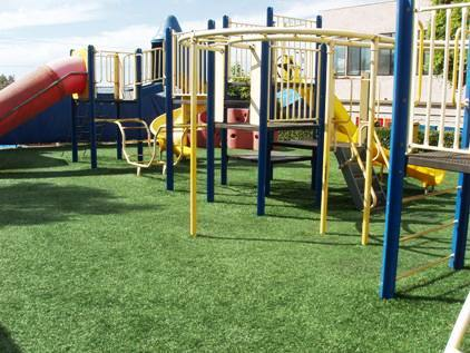 artificial turf on playgrounds makes play safer