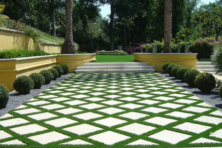 artificial turf in walkway