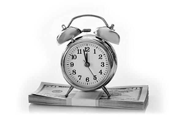 photodune-9235872-alarm-clock-on-us-dollars-m_retouch_BW-1.jpg