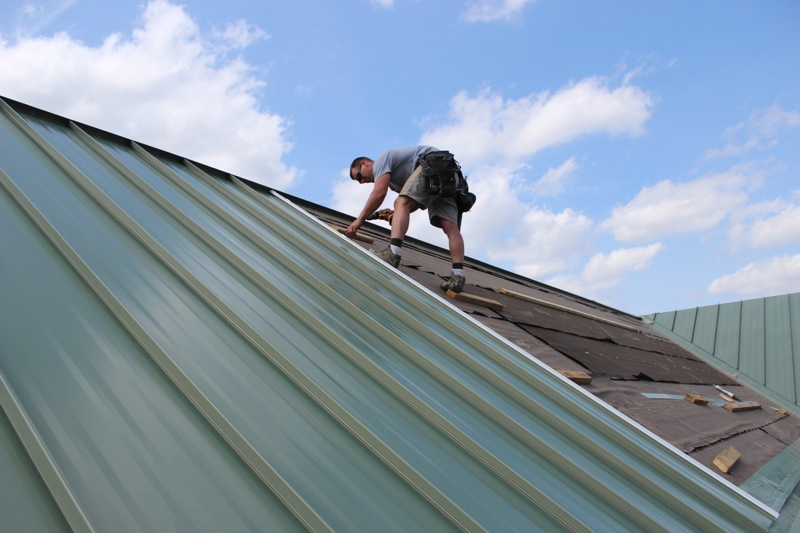 Standing Seam Metal Roofing Quick Facts