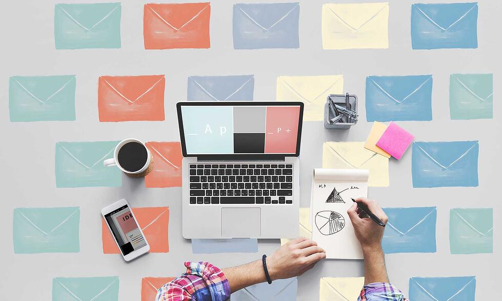 The Top Email Design Trends to Keep an Eye on in 2017 [Infographic]