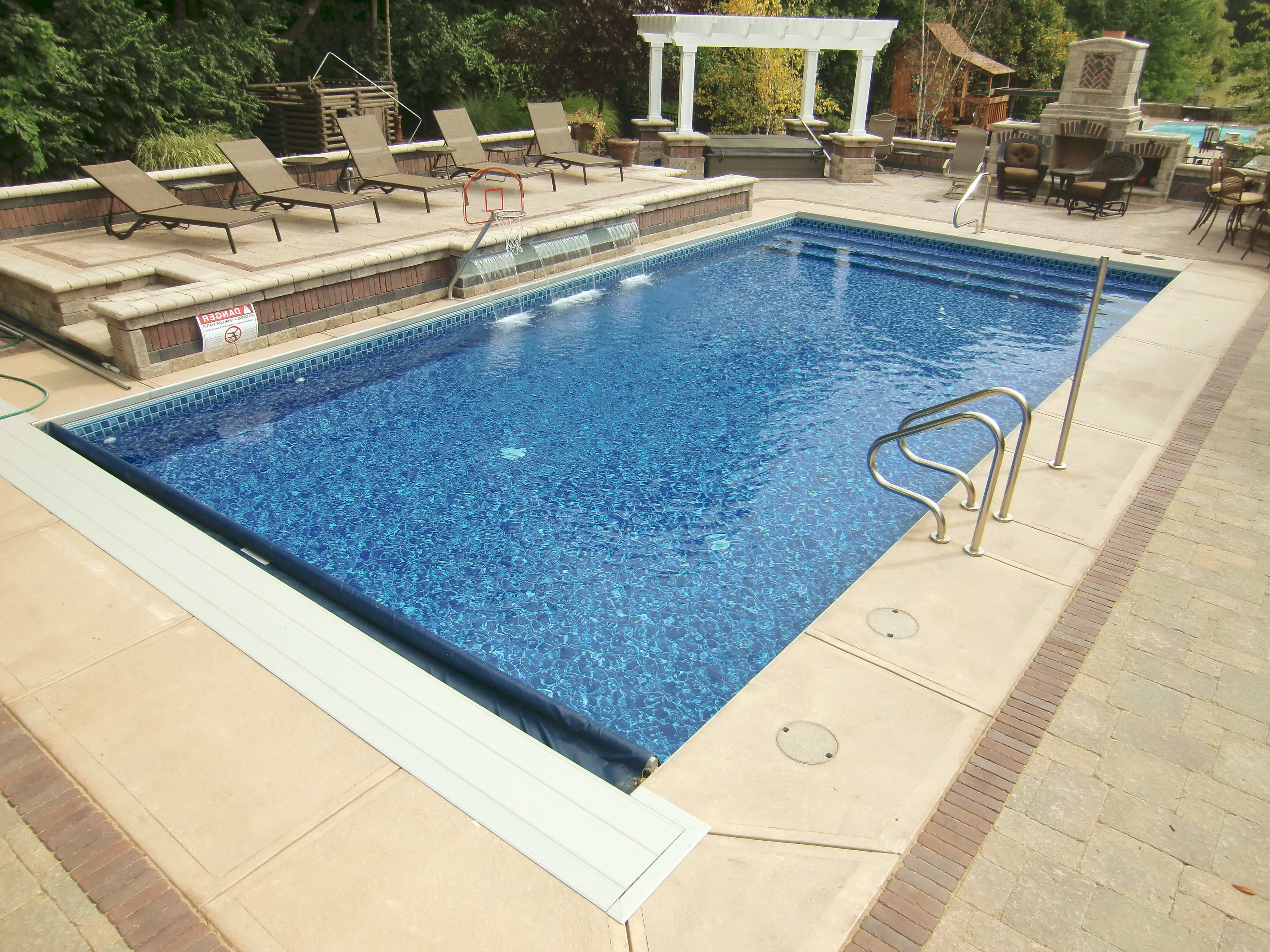 Vinyl liner pools in central indiana top 6 reasons to buy - Steps to build an inground swimming pool ...