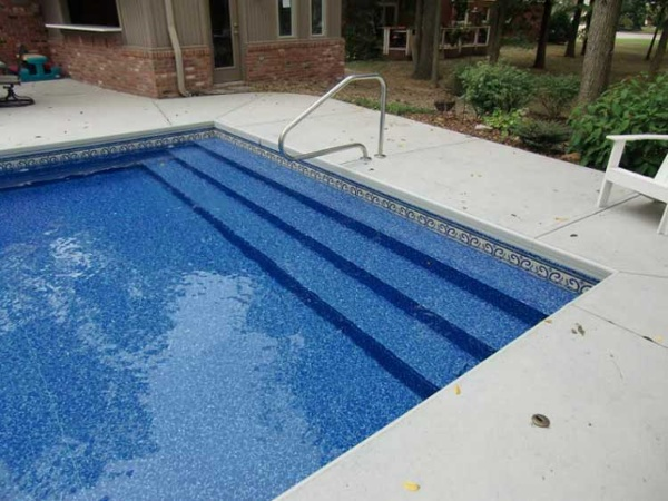 Full Width Steps Vinyl Liner Indianapolis