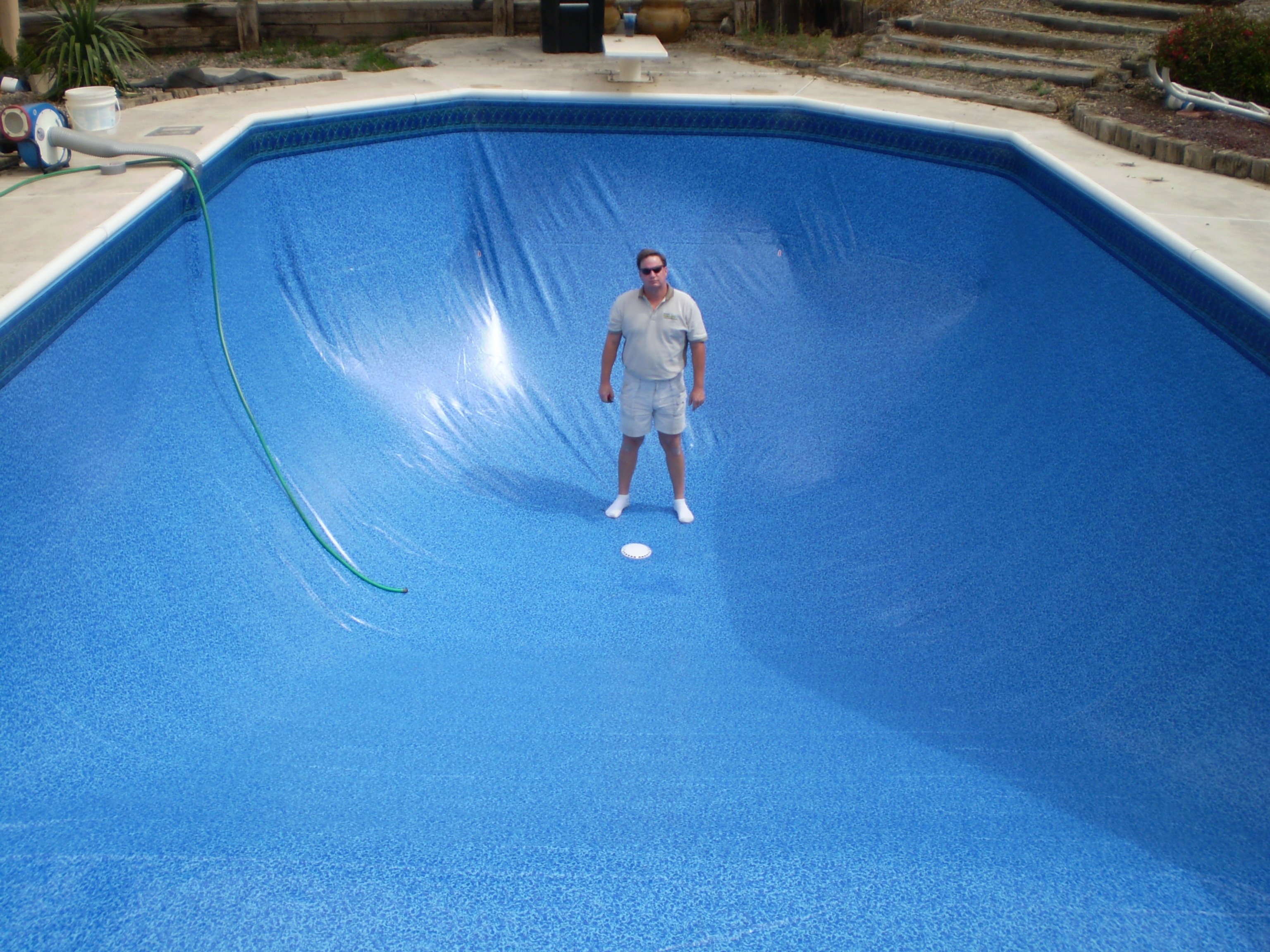 Pictures of vinyl liner inground pools in central indiana for Vinyl swimming pool