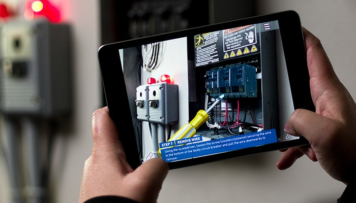 What role does technology play in attracting and developing new Field Service Engineers?