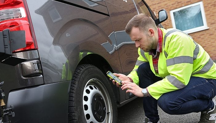 Kinesis Vehicle Inspection App Keeps Fleets on the Road