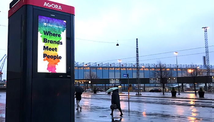 Smart Agora parcel kiosks enable cheaper and flexible 24/7 e-commerce deliveries and returns