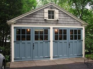 carriage-house-garage-door-via-evergeen.jpg
