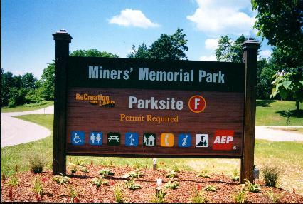 minersmemorialsign.jpg