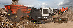 QJ241 Mobile Jaw Crusher