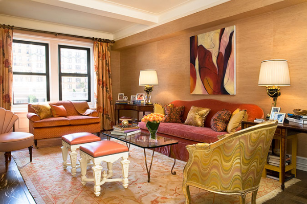 Jennifer flanders mixes bold pinks with red and gold - Gold rugs for living room ...