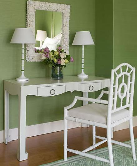 Green Rug White Walls: 15 Fabulous Interiors: How To Decorate With Green Rugs And