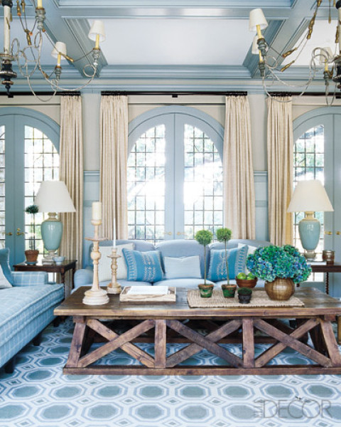 Fashioned Living Room Furniture: 15 High Fashion Living Rooms With Geometric Decorator Rugs
