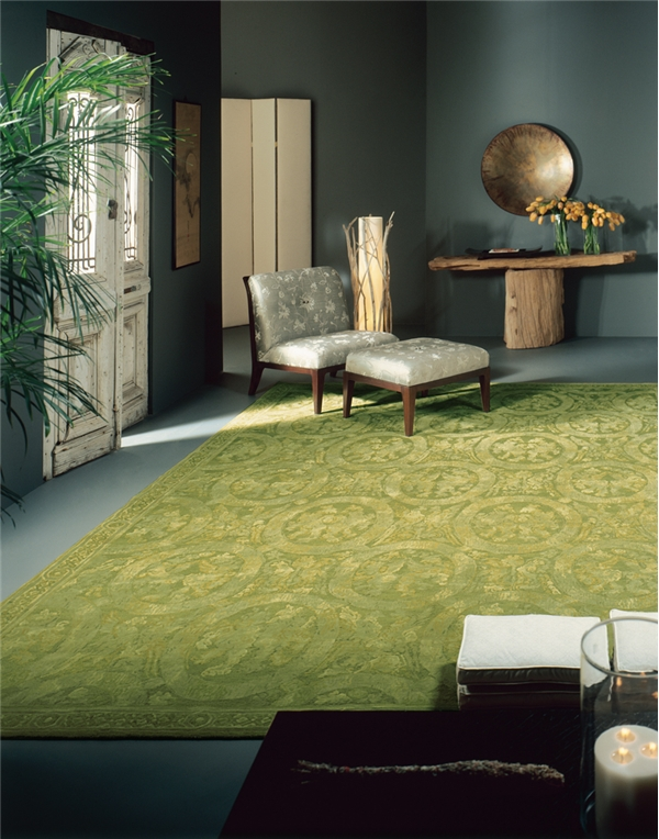 15 Fabulous Interiors How To Decorate With Green Rugs And