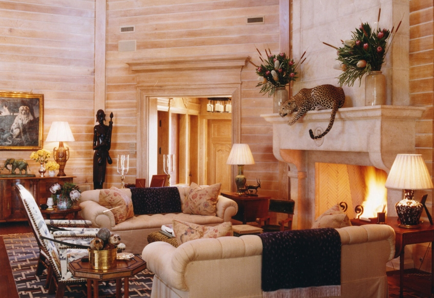 The 14 coziest fireplace seating areas on decorative rugs for Williams interior designs inc