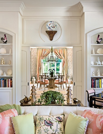 Mario buatta creates 7 happy palm beach interiors with for Classic chic home interior design digest