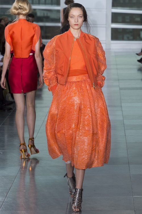 orange-rugs-orange-dress-Spring-2015-ready-to-wear-fashion-show-Antonio-Berardi