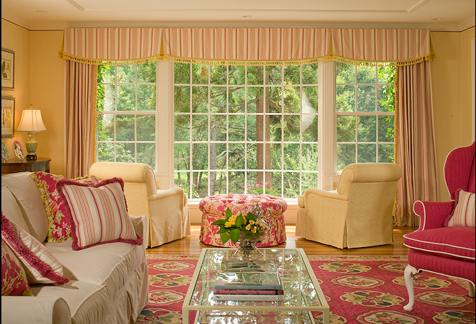 14 gorgeous rooms how to decorate with needlepoint rugs - Red and yellow living room decorating ideas ...