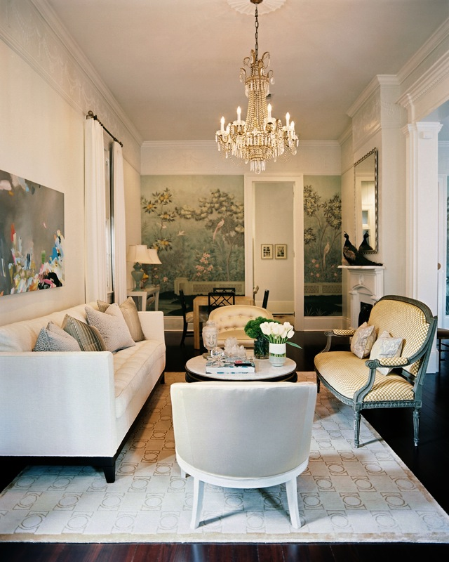 Lonny magazine 39 s 10 best living rooms with decorator rugs for Magazine living room ideas