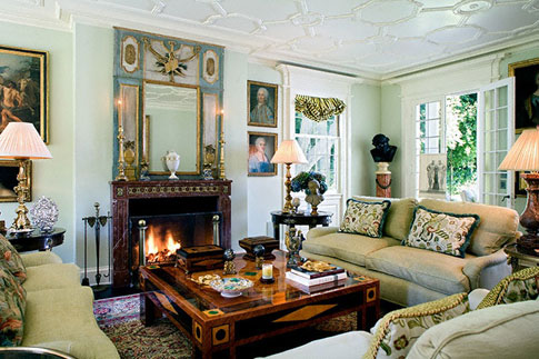The 14 Coziest Fireplace Seating Areas On Decorative Rugs
