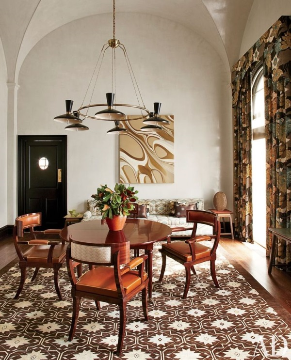 Damask rugs bring luxury and style to 4 interiors - Rug dining room and interior ...