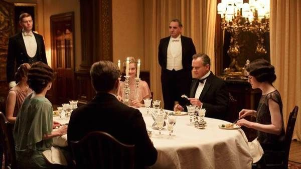 24 Things You Didn T Know About Downton Abbey Fashions