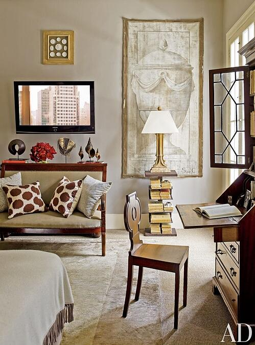 Intimate retreats with cozy decorative rugs 17 gorgeous for Manhattan tan paint color